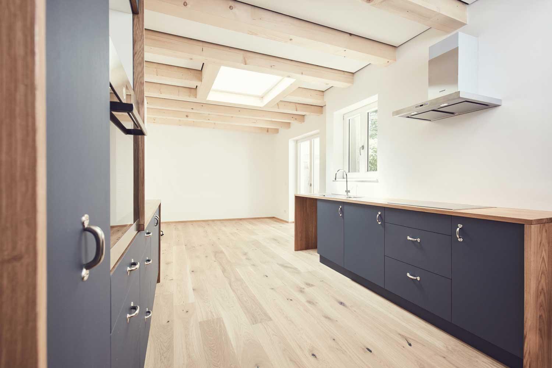 Küche Privathaushalt Linoleumfronten 2